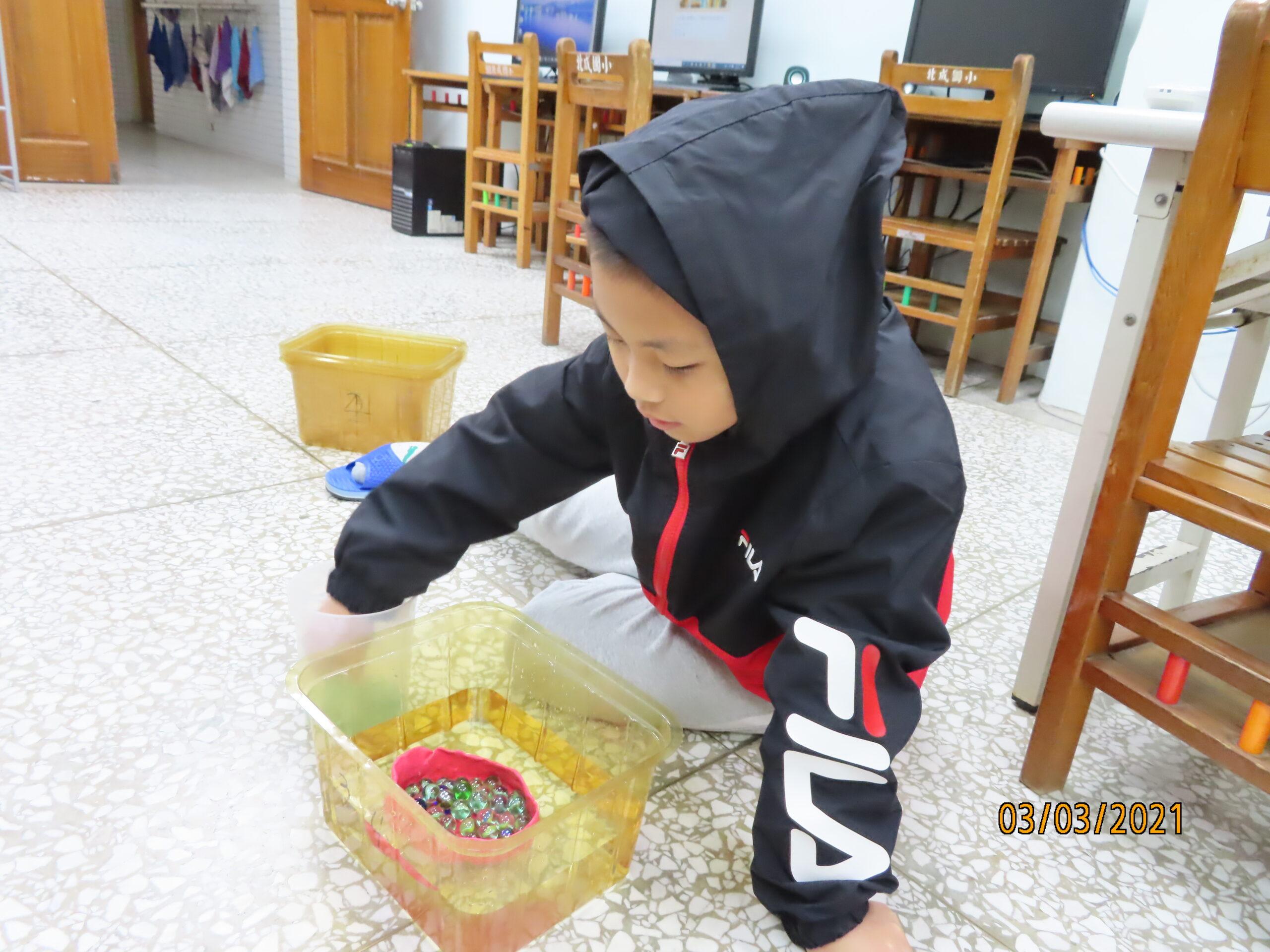【三年級】發現科學–黏土船